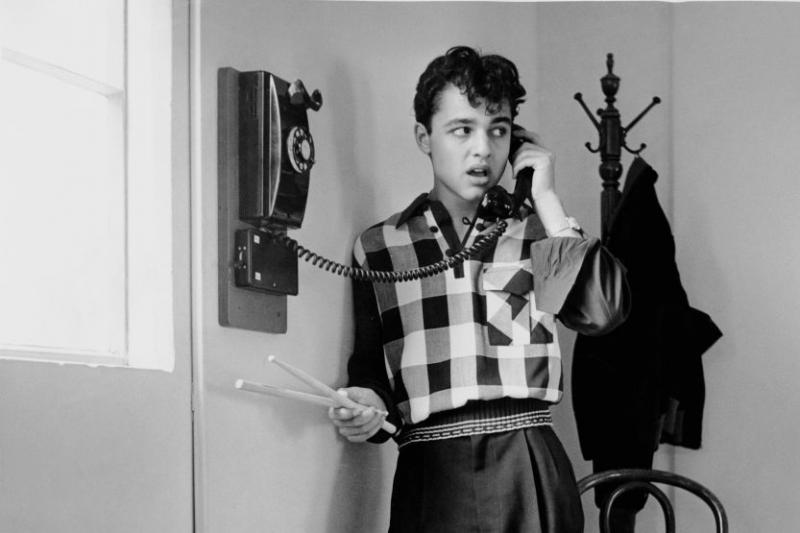 30 фото о том, как радикально менялись телефоны со временем